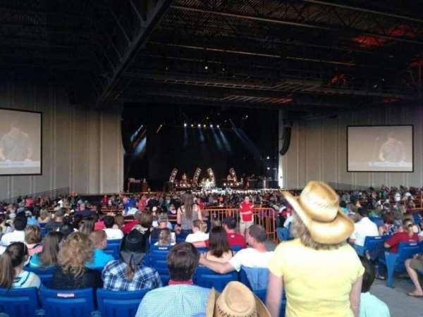 PNC Music Pavilion, secção: 8, fila: u, lugar: 4