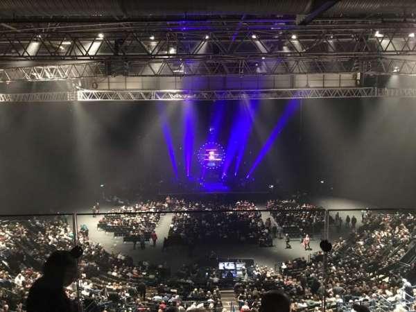 Arena Birmingham, secção: Show deck, fila: Stools, lugar: 8