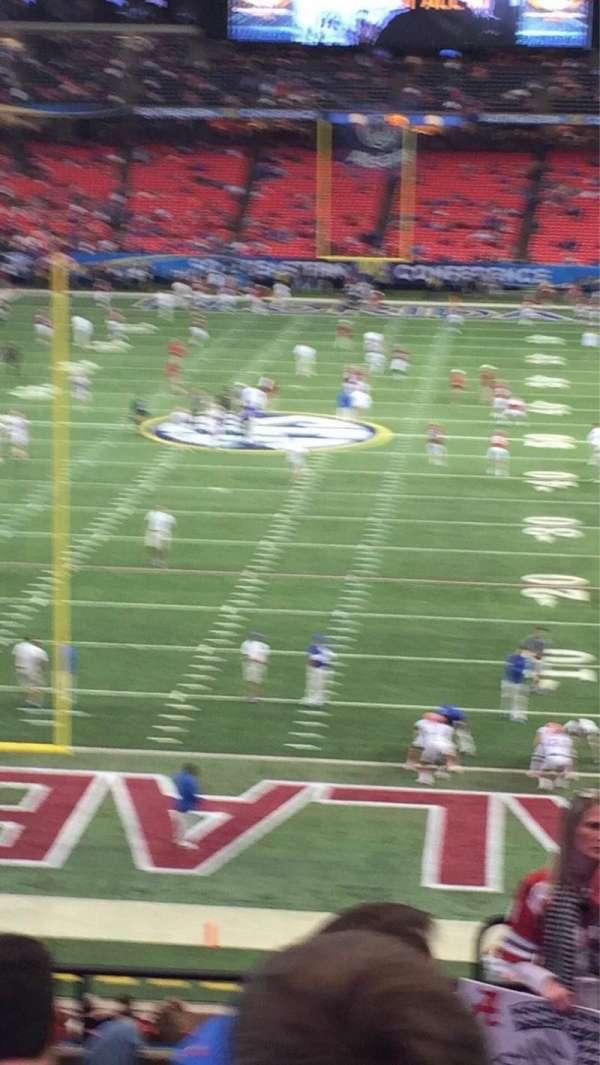 Georgia Dome, secção: 208, fila: 8, lugar: 20