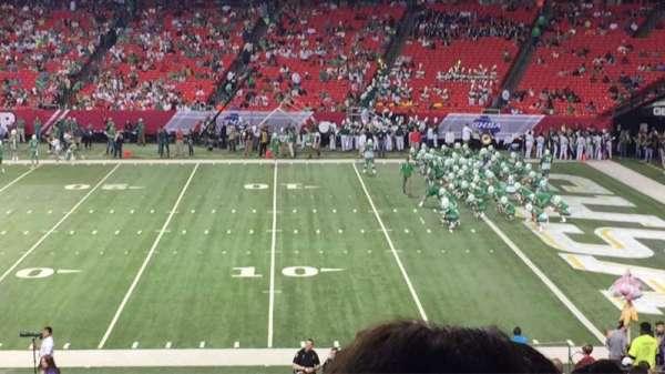 Georgia Dome, secção: 132, fila: 33, lugar: 1