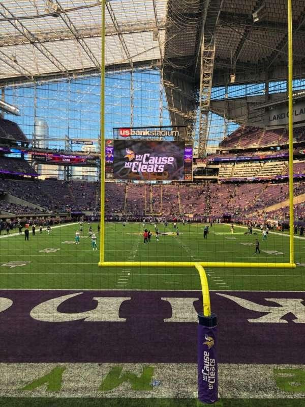 U.S. Bank Stadium, secção: 119, fila: 1, lugar: 1