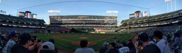 Oakland Coliseum, secção: 117, fila: 16, lugar: 8