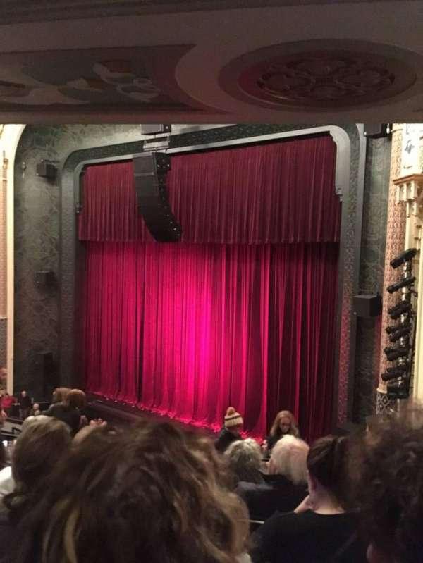 New York City Center, secção: Mezzanine Right, fila: E, lugar: 26