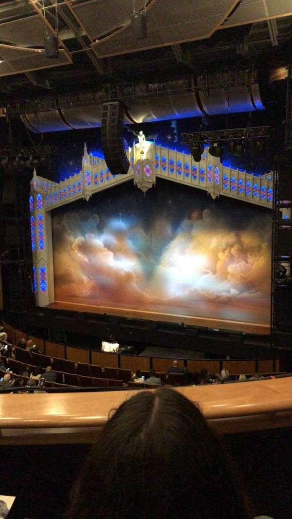 Ahmanson Theatre, secção: Mezzanine, fila: B, lugar: 5