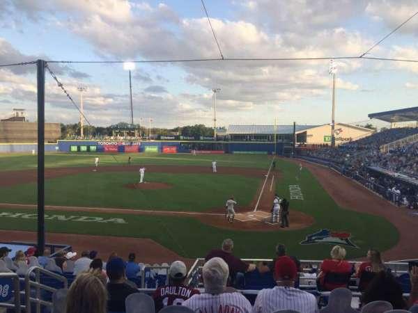 TD Ballpark, secção: 208, fila: 6, lugar: 18