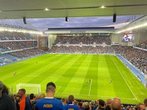 Ibrox Stadium, secção: CR2, fila: Z