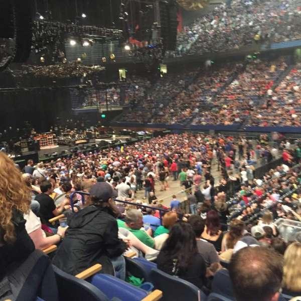 Rupp Arena, secção: 29, fila: N, lugar: 8