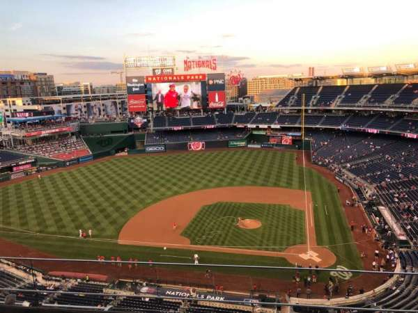 Nationals Park, secção: 409, fila: D, lugar: 7