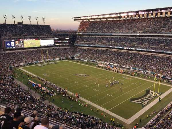 Lincoln Financial Field, secção: 207, fila: 5, lugar: 10