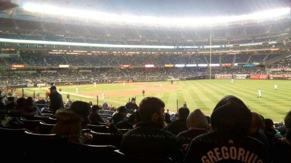 Yankee Stadium, secção: 110, fila: 27, lugar: 3
