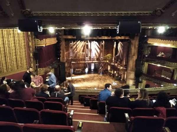 CIBC Theatre, secção: Mezzanine L, fila: K, lugar: 1