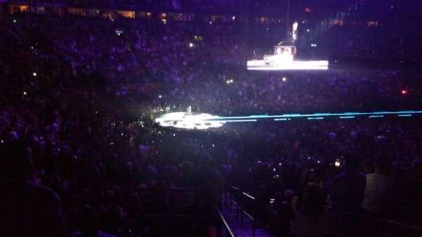 Bridgestone Arena, secção: 104, fila: P, lugar: 25-26