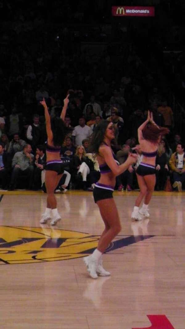 Staples Center, secção: 101CT, fila: A, lugar: 10