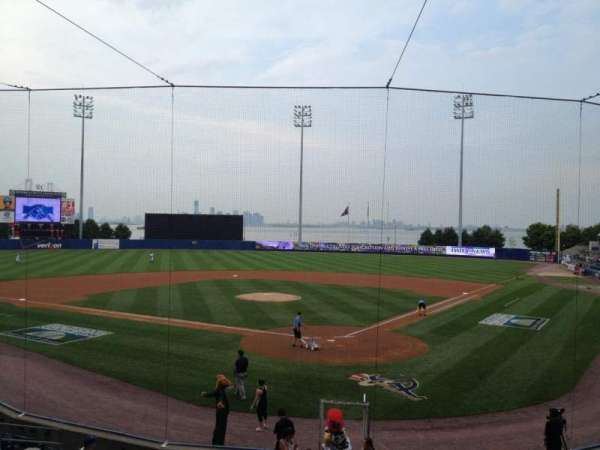 Richmond County Bank Ballpark, secção: 9, fila: R, lugar: 25