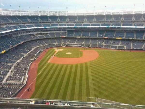 Yankee Stadium, secção: 405, fila: 5, lugar: 7