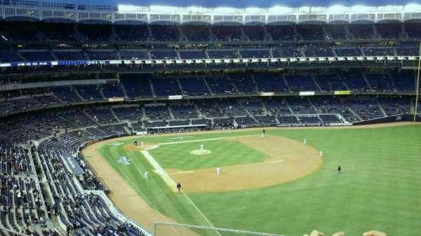 Yankee Stadium, secção: 308, fila: 4, lugar: 21