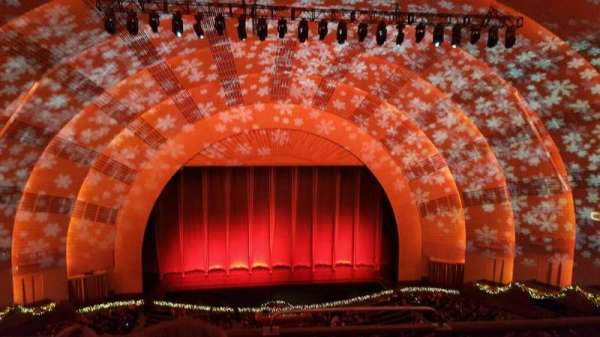 Radio City Music Hall, secção: 3rd MEZZANINE 5, fila: C, lugar: 501