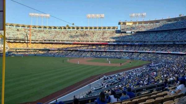 Dodger Stadium, secção: 161LG, fila: G, lugar: 16