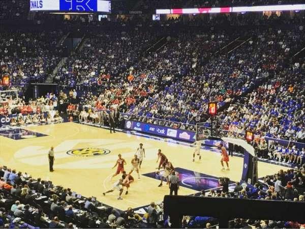 Bridgestone Arena, secção: 107, fila: M, lugar: 6