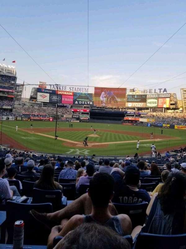 Yankee Stadium, secção: 120A, fila: 15, lugar: 5