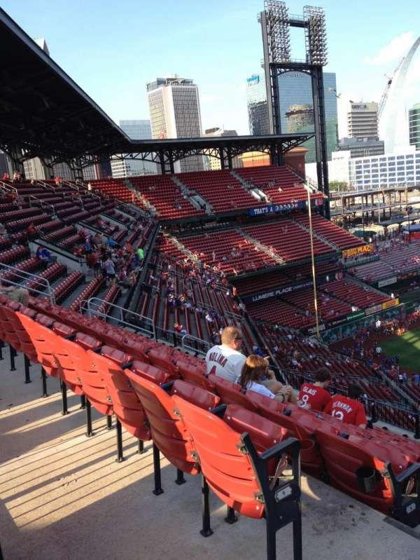 Busch Stadium, secção: 359, fila: 10