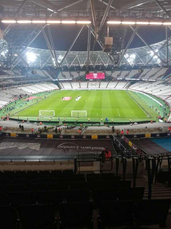 London Stadium, secção: 223, fila: 63, lugar: 842