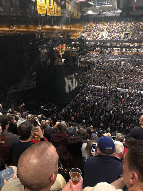 TD Garden, secção: Bal 316, fila: 9, lugar: 5