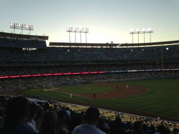 Dodger Stadium, secção: 156LG, fila: K, lugar: 2