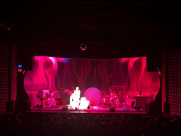 Pabst Theater, secção: 1CT, fila: W, lugar: 13