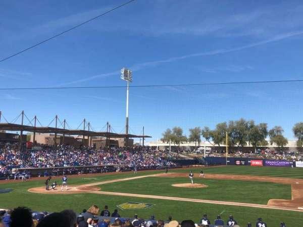 Maryvale Baseball Park, secção: 109, fila: V, lugar: 6