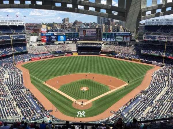 Yankee Stadium, secção: 420B, fila: 13, lugar: 7