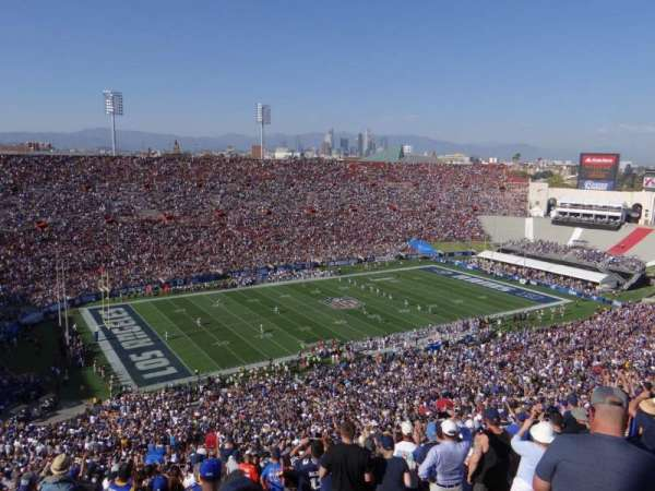 Los Angeles Memorial Coliseum, secção: 10L, fila: 93, lugar: 3