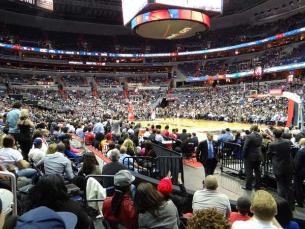 Capital One Arena, secção: 103, fila: E, lugar: 5