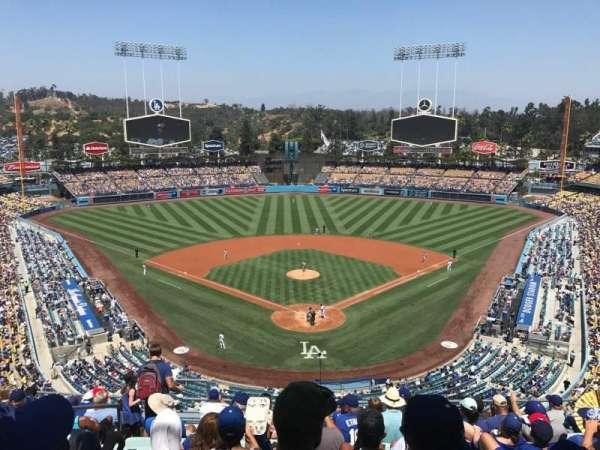 Dodger Stadium, secção: 1RS, fila: L, lugar: 17