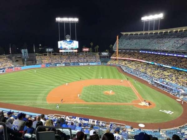 Dodger Stadium, secção: 11RS, fila: M, lugar: 19
