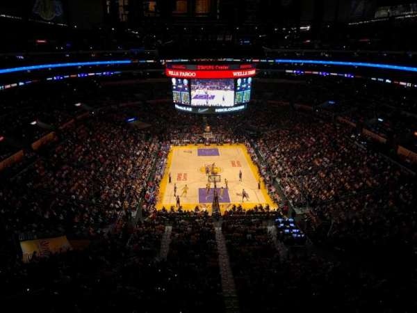 Staples Center, secção: 327, fila: 2, lugar: 2