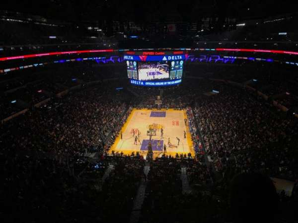 Staples Center, secção: 309, fila: 2, lugar: 5