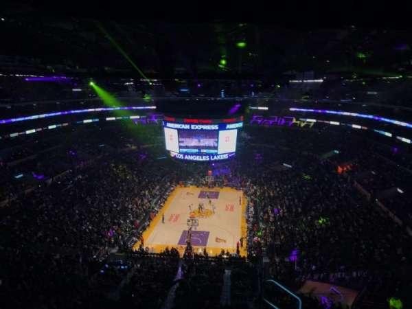 Staples Center, secção: 309, fila: 7, lugar: 2