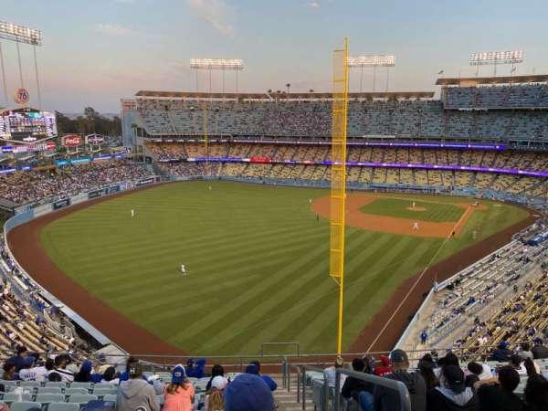 Dodger Stadium, secção: 59RS, fila: O, lugar: 1