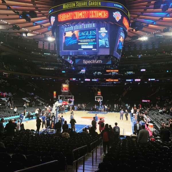 Madison Square Garden, secção: 3, fila: 19, lugar: 4
