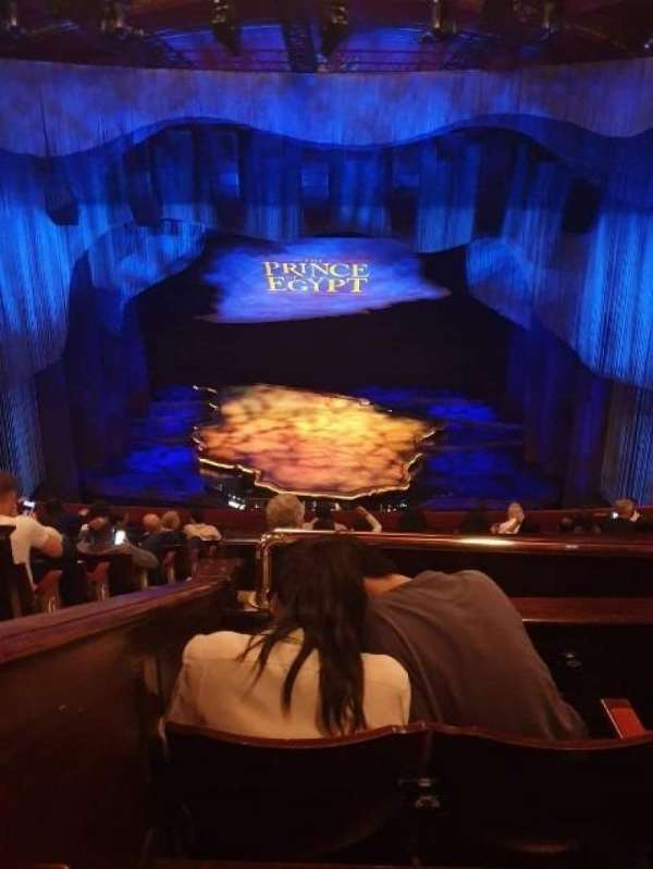 Dominion Theatre, secção: Circle, fila: K, lugar: 21
