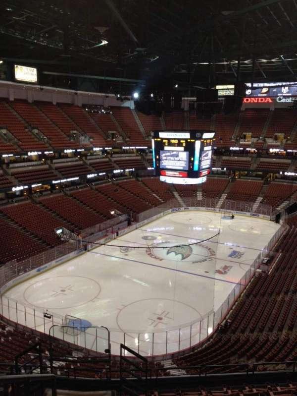 Honda Center, secção: 441, fila: K, lugar: 12
