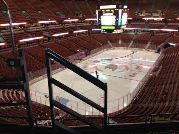 Honda Center, secção: 441, fila: E, lugar: 8