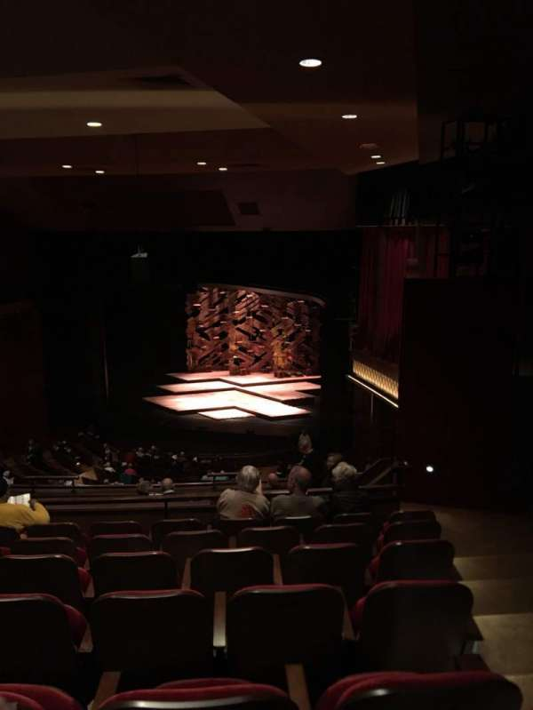 Paper Mill Playhouse, secção: R mezz, fila: HH, lugar: 24