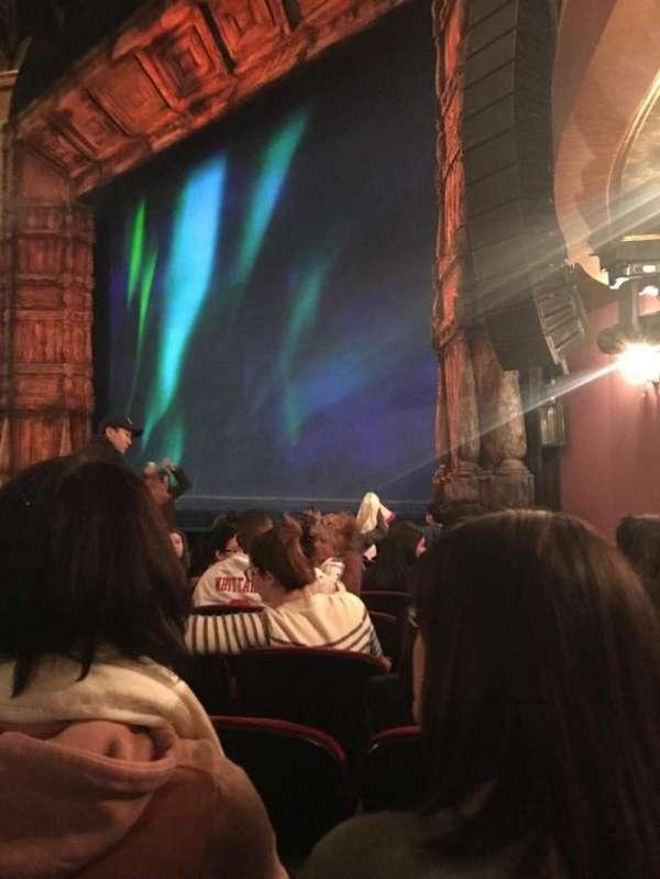 St. James Theatre, secção: Orchestra R, fila: K, lugar: 28