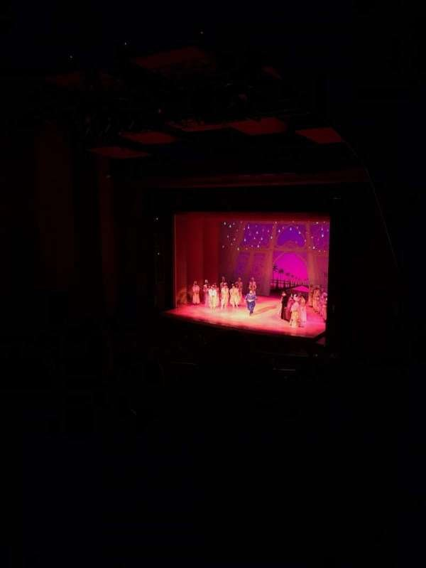 San Diego Civic Theatre, secção: Balcony, fila: O, lugar: 56