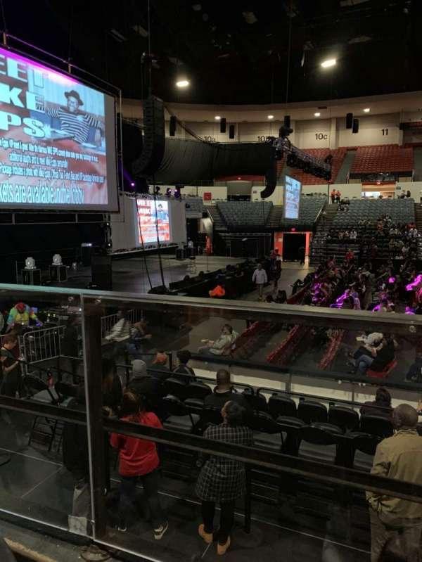 Pechanga Arena, secção: L, fila: 1, lugar: 4