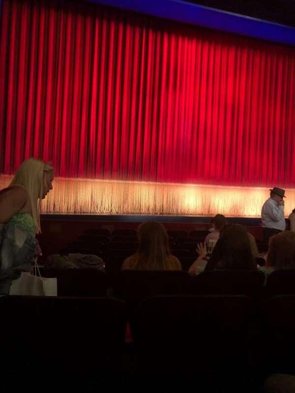 Longacre Theatre, secção: Orchestra C, fila: J, lugar: 117