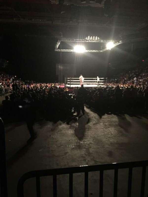 Raising Cane's River Center Arena, secção: 104, fila: B, lugar: 13