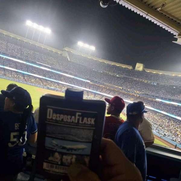 Dodger Stadium, secção: w, fila: a, lugar: 1